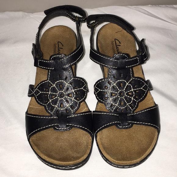 332be4036b04 Clarks Shoes - LADIES CLARKS SANDALS
